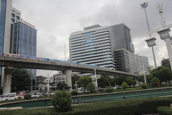 tau-dien-tren-cao-bangkok-ivivu-35