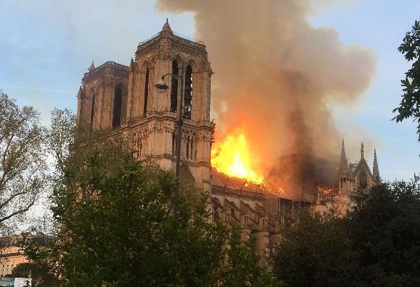 Nhà thờ Paris