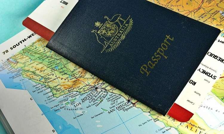 Chuẩn bị passpord khi du lịch úc