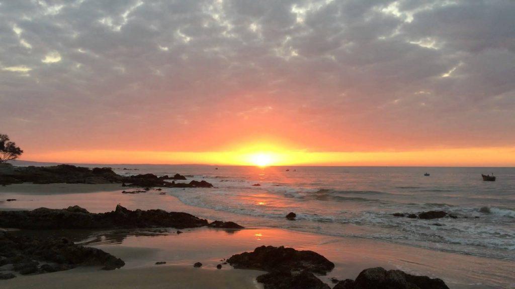 Bãi đá Ông Địa - vẻ đẹp mộc mạc không thể bỏ lỡ khi đến Phan Thiết - ảnh 7