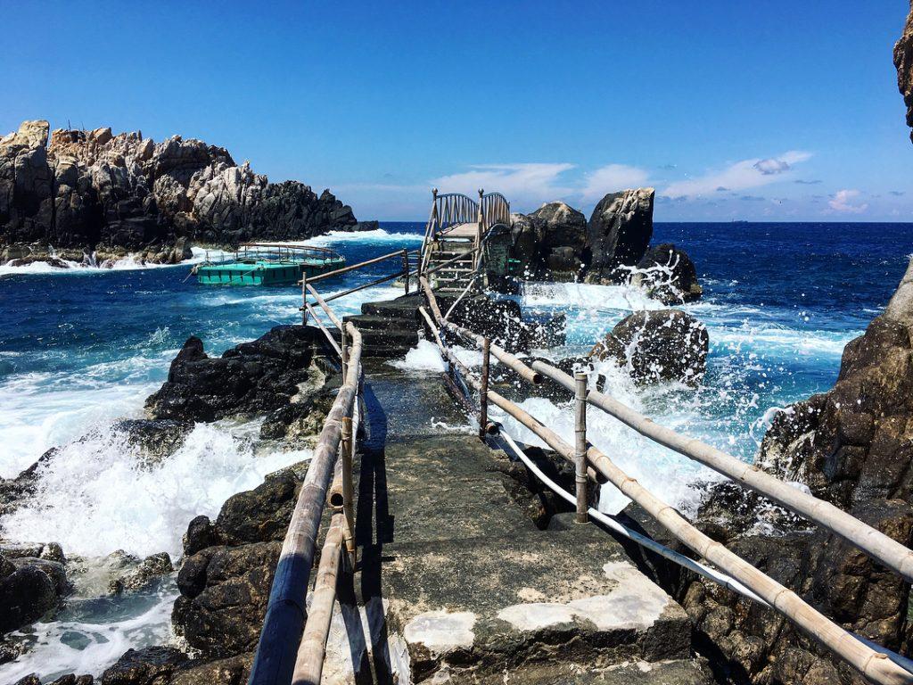 Hòn Nội - bãi tắm đôi cực lạ ở Nha Trang - ảnh 8