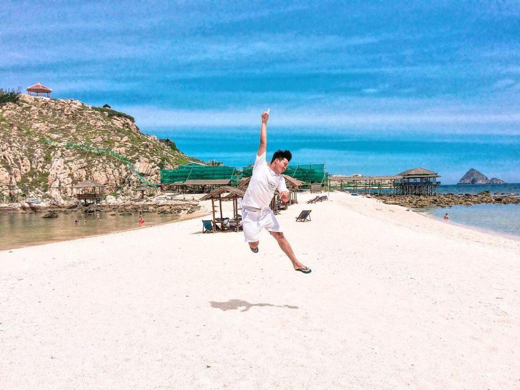 Hòn Nội - bãi tắm đôi cực lạ ở Nha Trang - ảnh 4