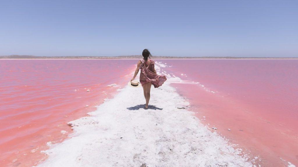 Khám phá hồ Hillier – bí ẩn hồ nước màu hồng đầy ảo diệu tại Australia - ảnh 1