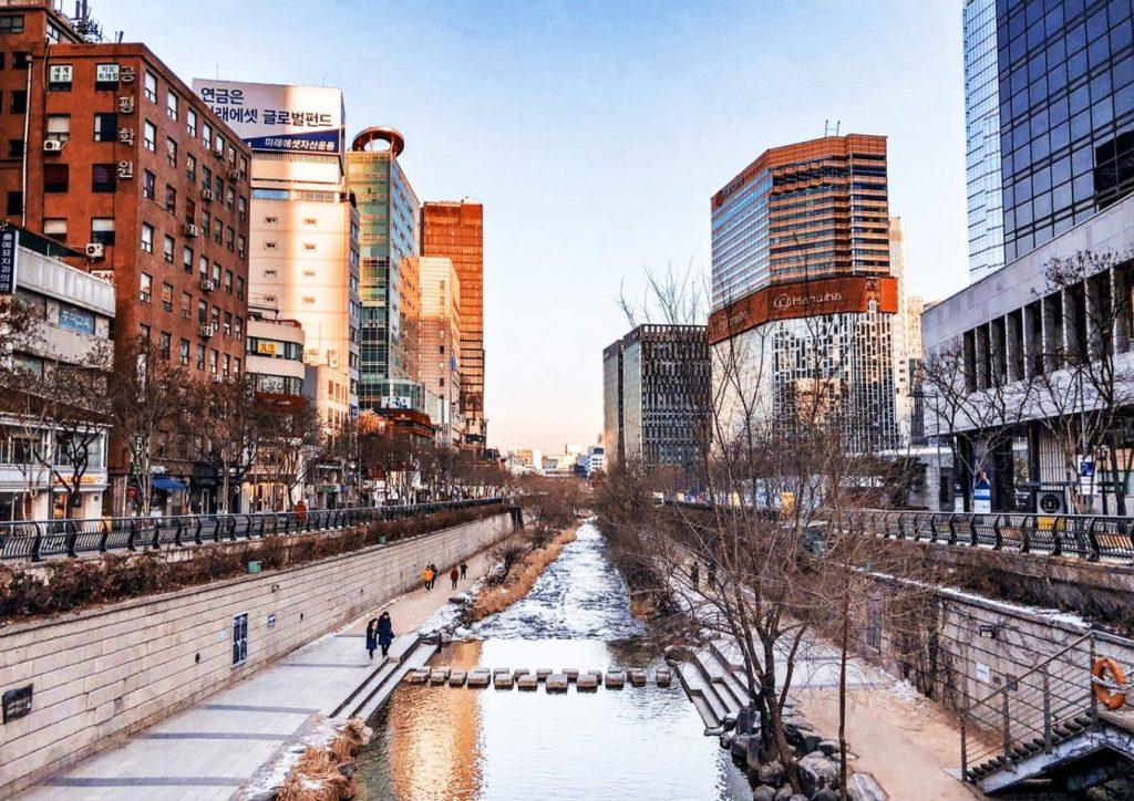 Suối Cheonggyecheon - Vẻ đẹp suối nhân tạo giữa lòng Seoul - ảnh 5